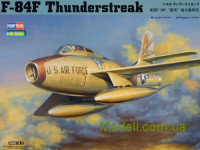 Истребитель F-84F Thunderstreak